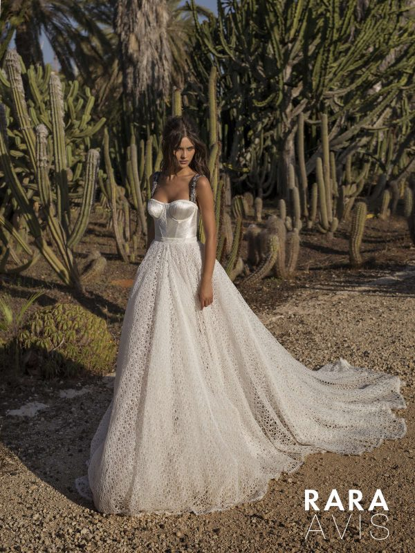 Dell'Amore Bridal Bohemian wedding dress Aviv