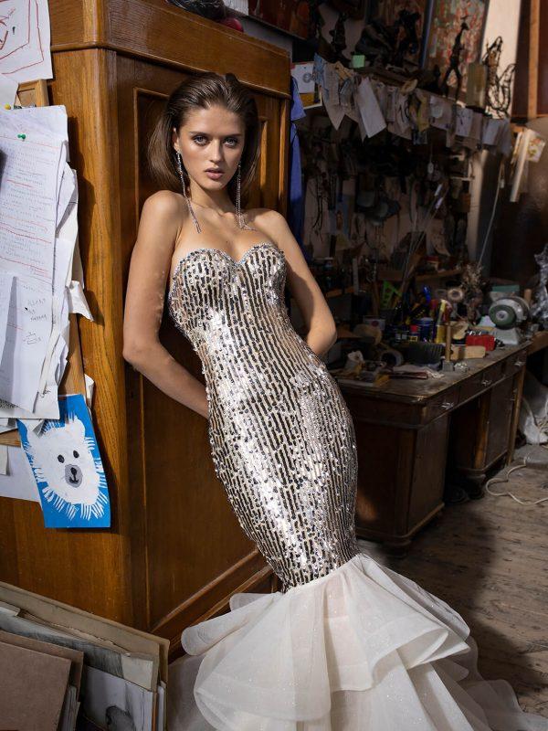 Sexy mermaid wedding dress with glamorous bodice